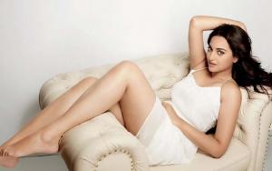 Sonakshi Sinha Height, Weight, Affairs, boyfriend, Bra Size, Hip Size