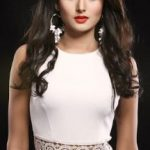 Adhora Khan Height, Weight, Biography, Boyfriend, Husband, family