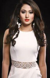 Adhora Khan Height, Weight, Biography, Boyfriend, Husband, family