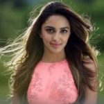 Kiara Advani Biography, Height, Weight, Boyfriend, Husband, Family, Age, Contact info