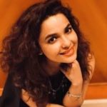 Chitrashi Rawat Biography, Age, Weight, Height, Body measurement, Contact Information, Family